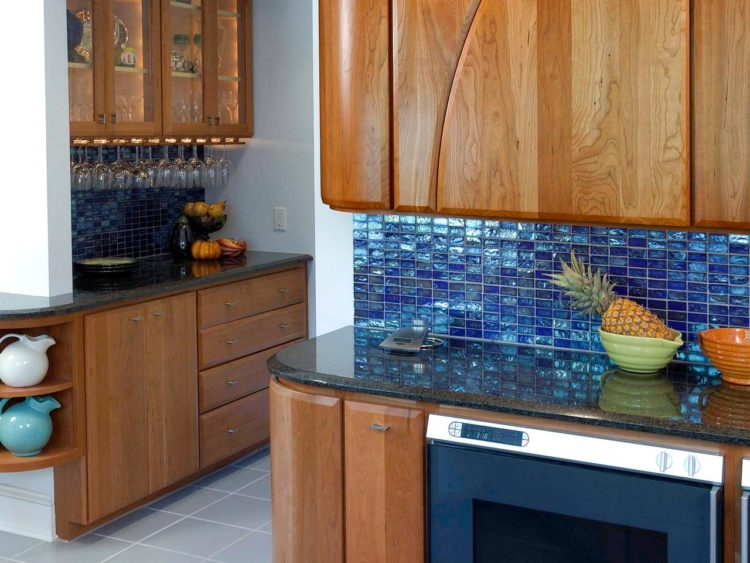 10 Inspirasi Keramik Untuk Dapur Yang Beraura Positif